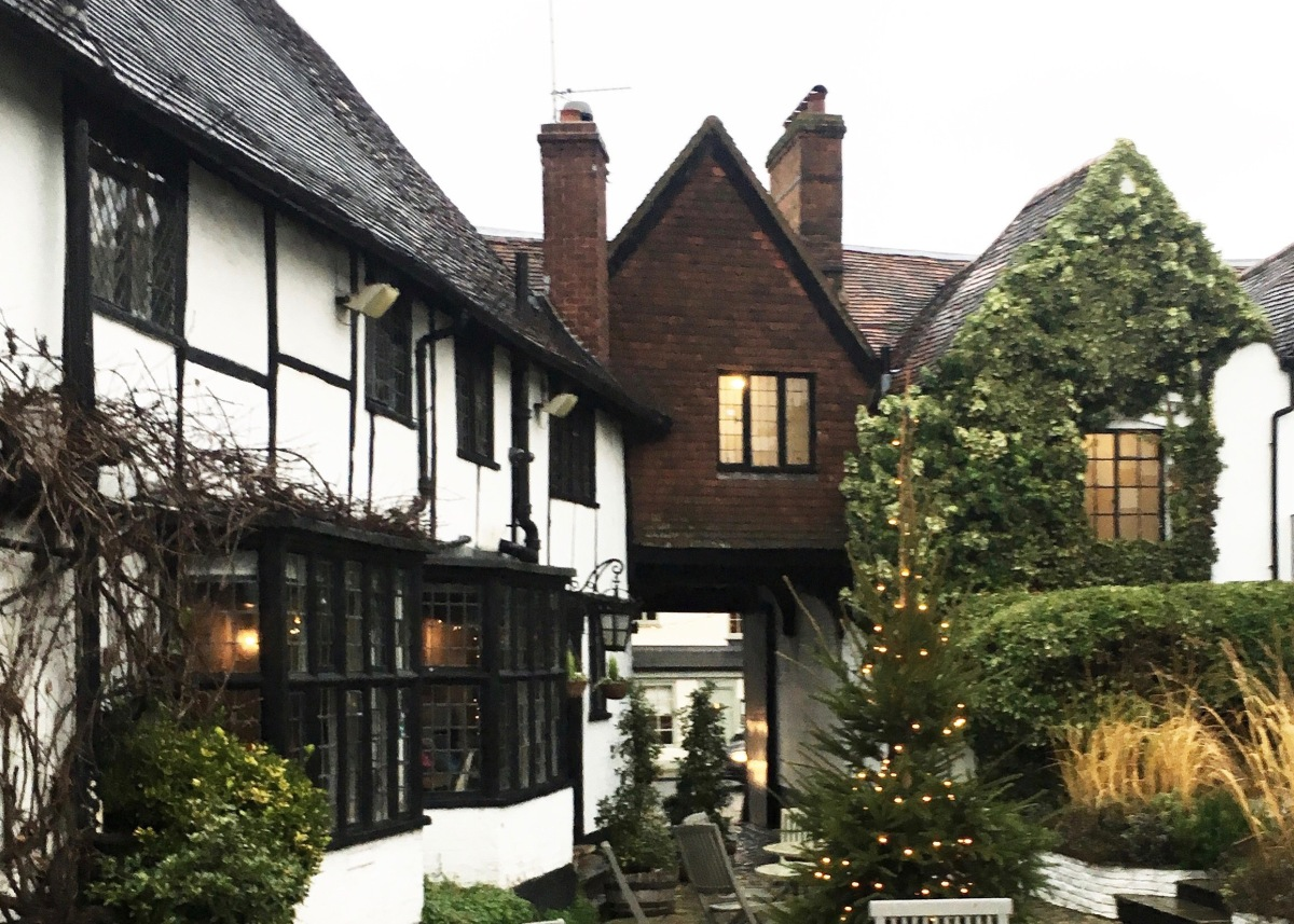 Escape to Christmas -The Crown Inn Amersham.